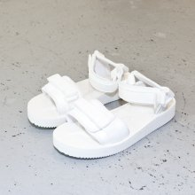 UNUSED * by SUICOKE Vegitable Leather and Vibram Strap Sandal * White