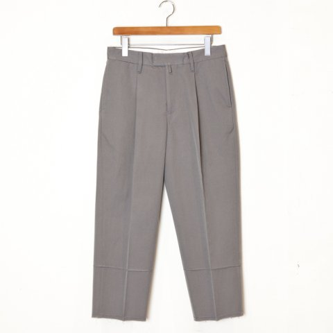 tim.  * Tapered Trouser Wool Cotton Twill * Khakigreen