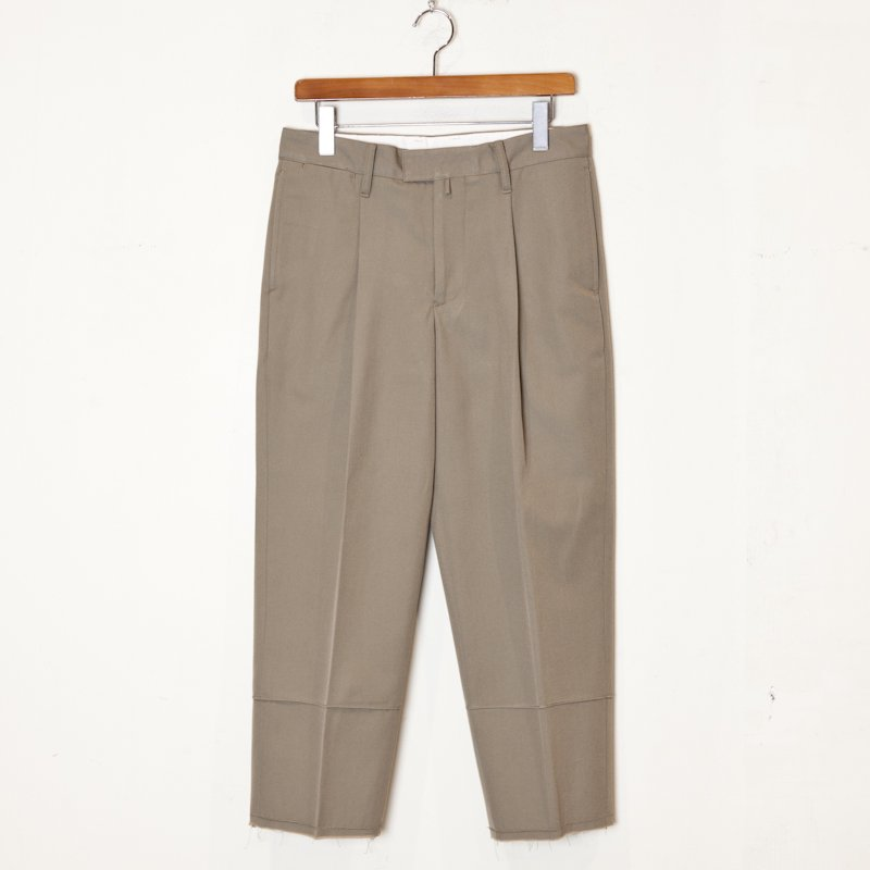 tim.  * Tapered Trouser Wool Cotton Twill * Beige