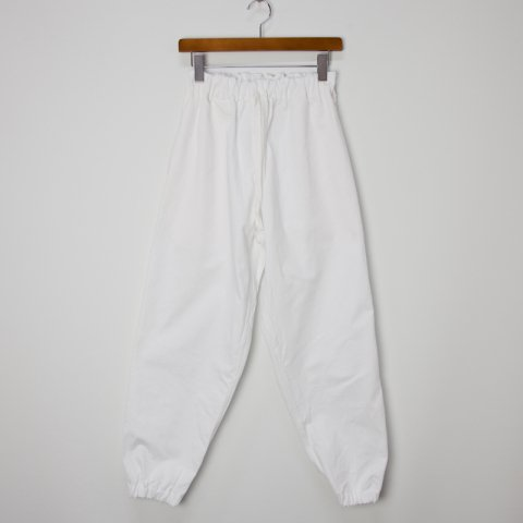 TUKI * Gum Pants * White