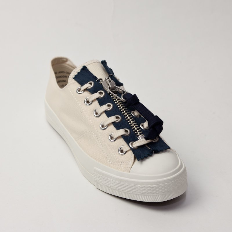 YOUNG & OLSEN the DRYGOODS STORE * ARMY LACE ZIPPER * White