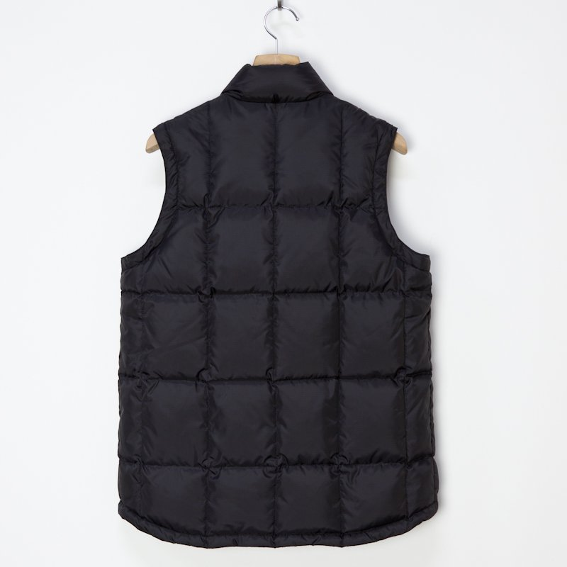 Mountain Reseach * PUFF VEST * Black