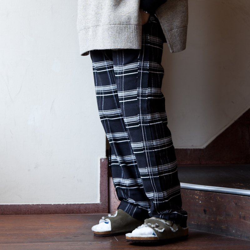 UNUSED * Check Easy Pants * Black × Pink