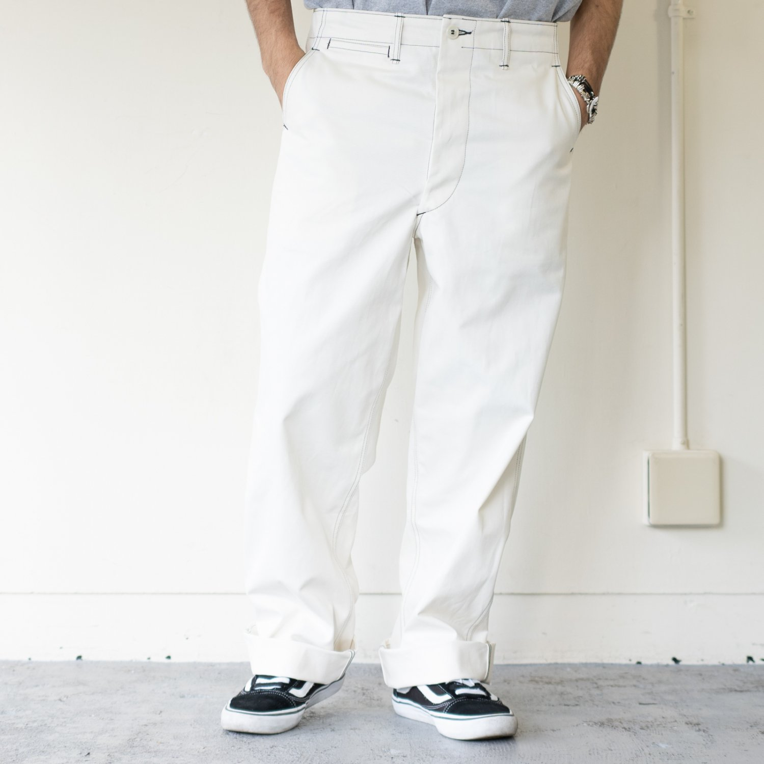 TUKI * Military Chinos * Milk