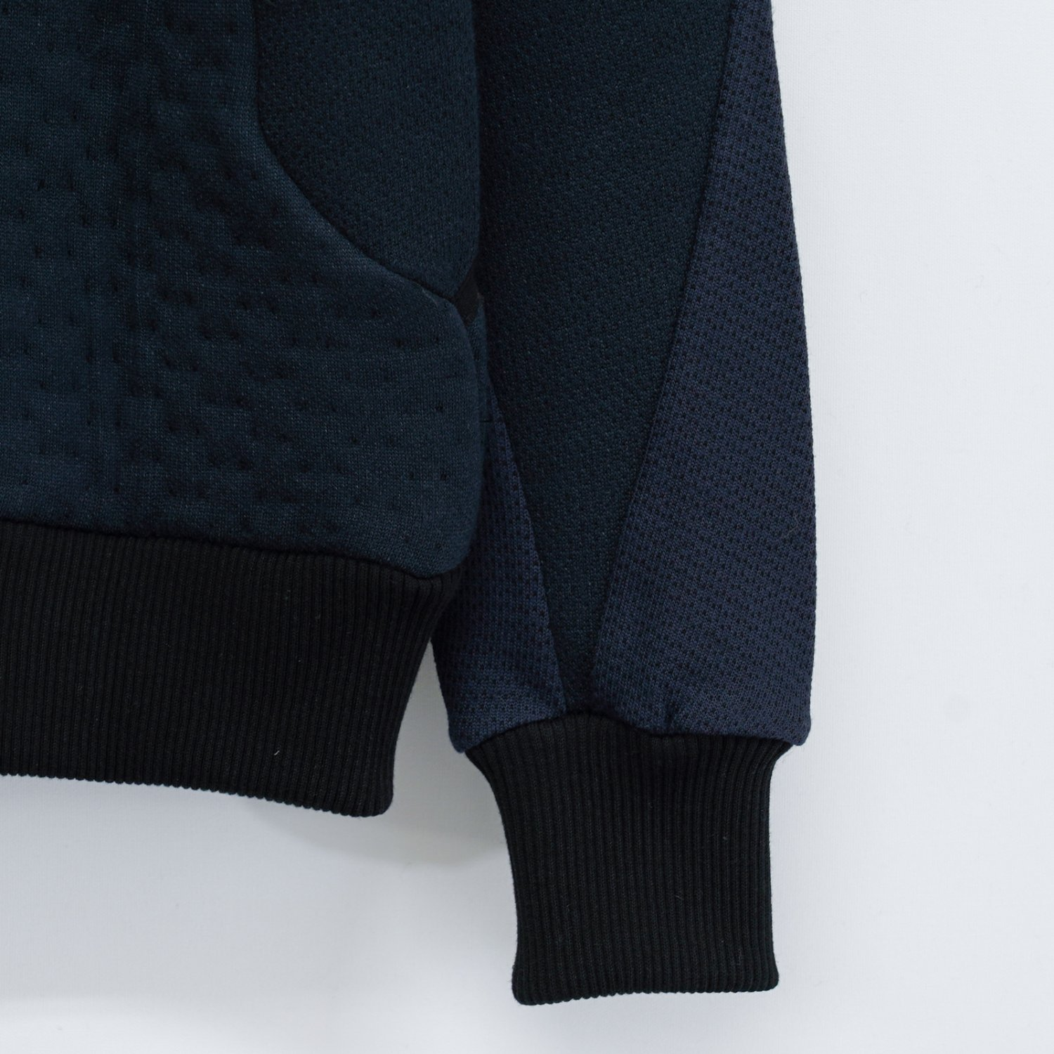 BYBORRE * WOOL WM SWEATER WOOL-520 * Deep Blue