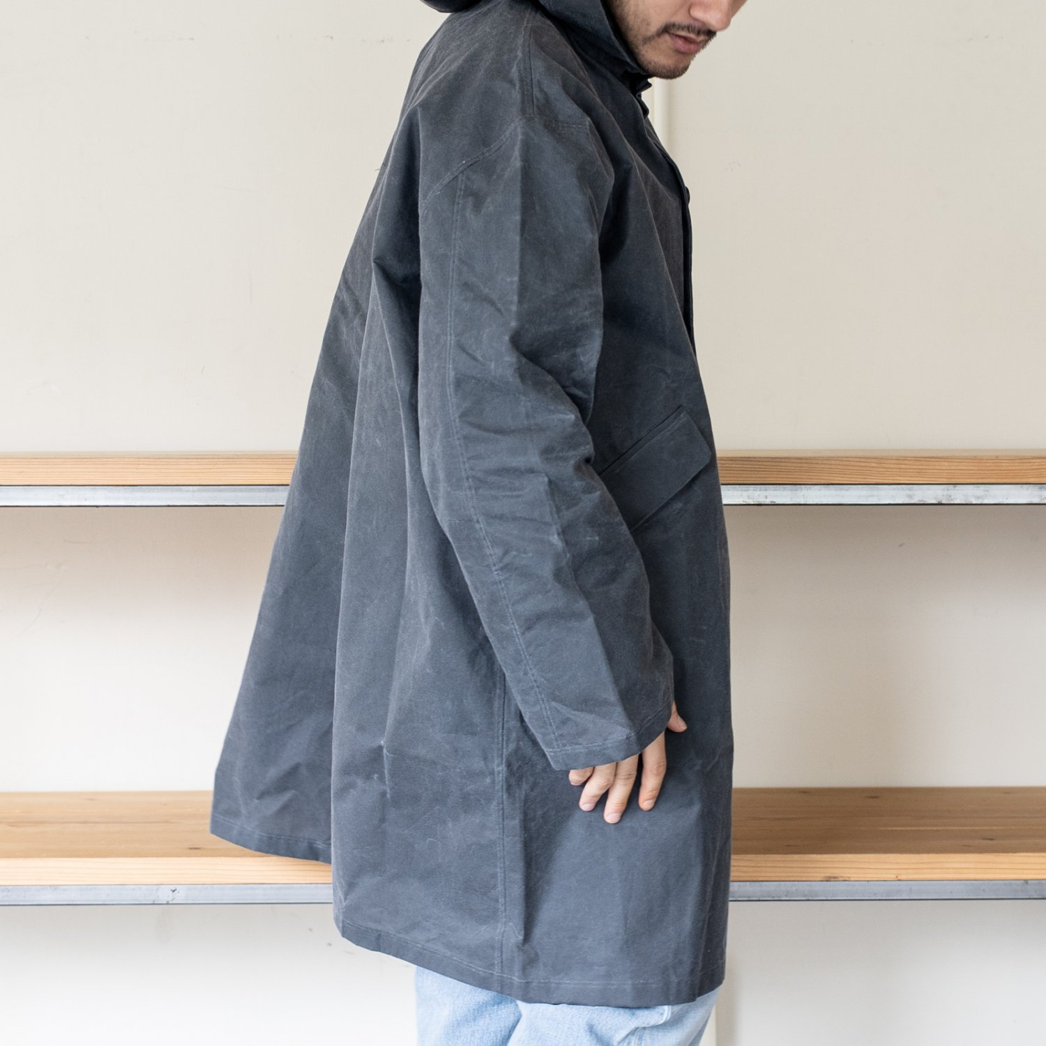 Bergfabel  * Hooded Unlined Coat Waxed Cotton * Grey
