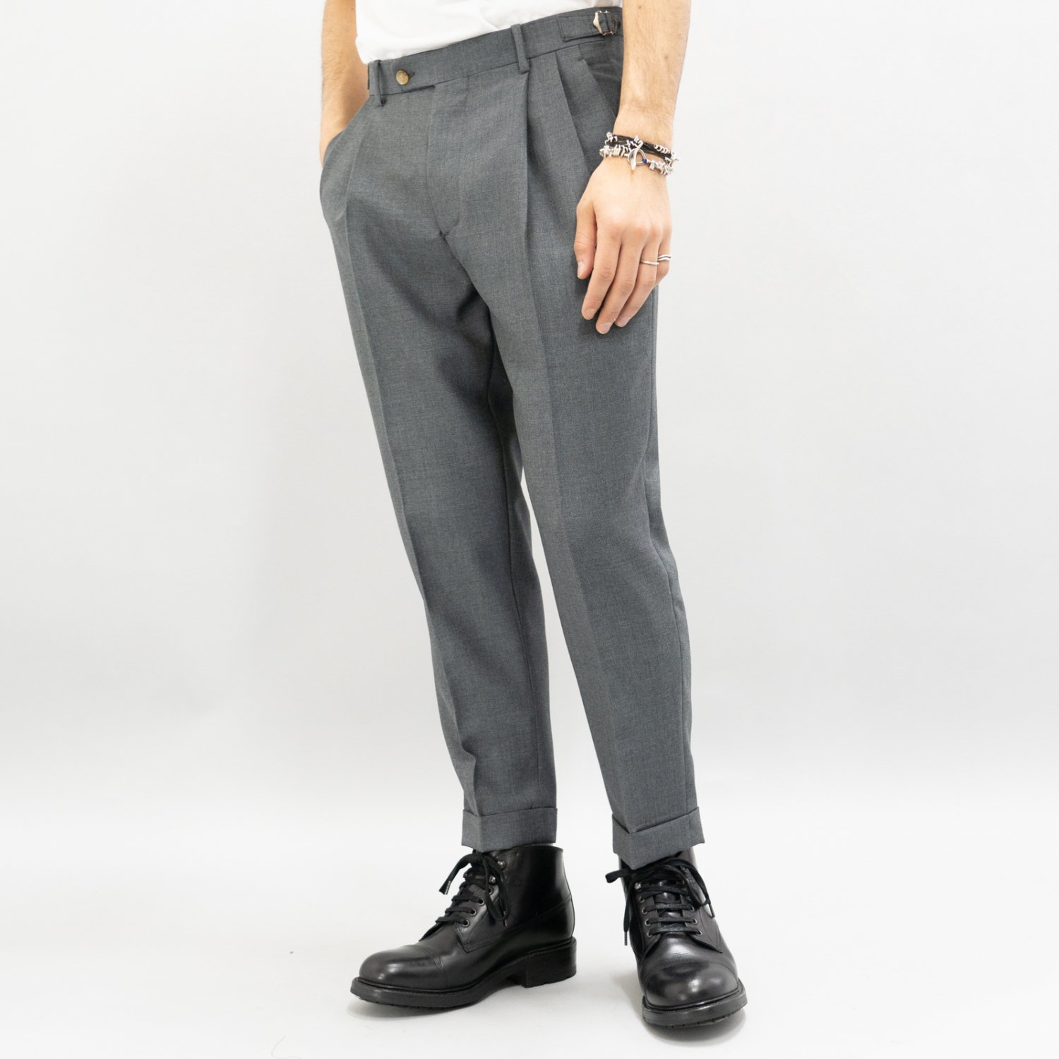 RICHFIELD * Wool 2tuck Tapered Trousers * Grey