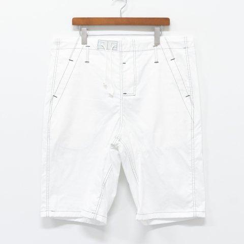 TUKI * 0132 Big Shorts * White