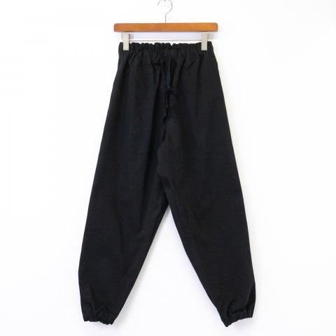 TUKI * 0107 Gum Pants * Black