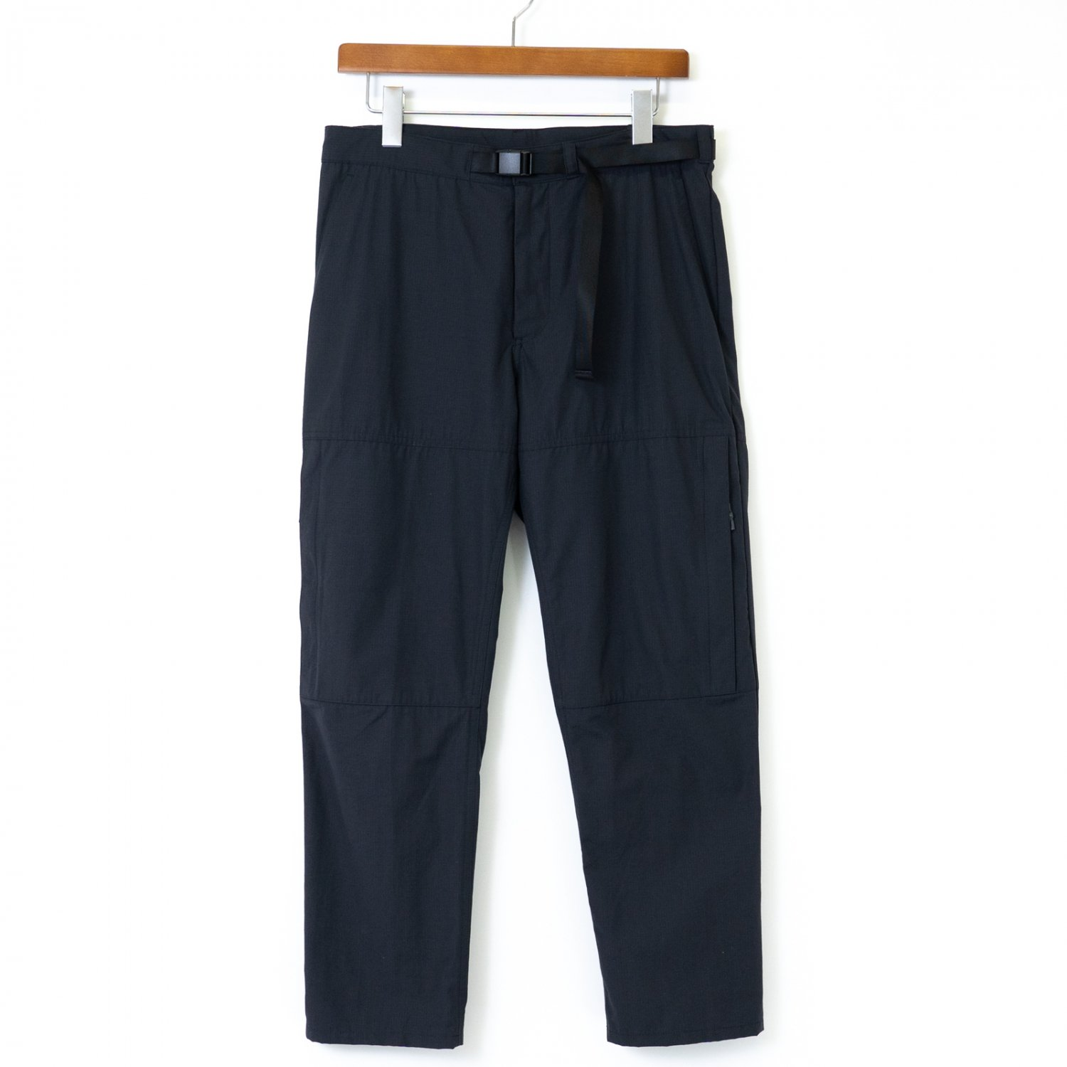 DESCENTE ddd * PARACHUTE PANTS * Black