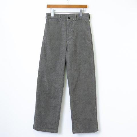 TUKI * 0138 Macaroni Trousers  Corduroy * Sage Green