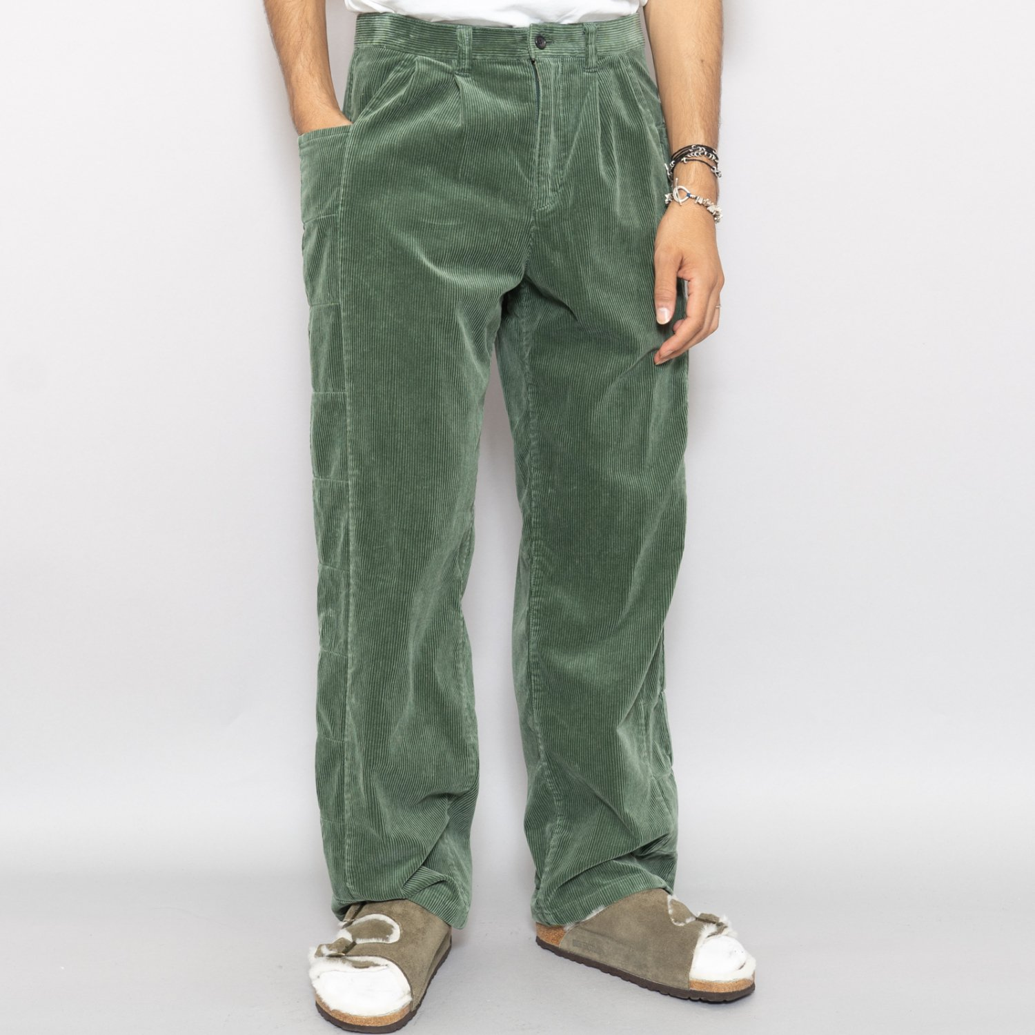 UNUSED * UW0915 Corduroy Pants * Green