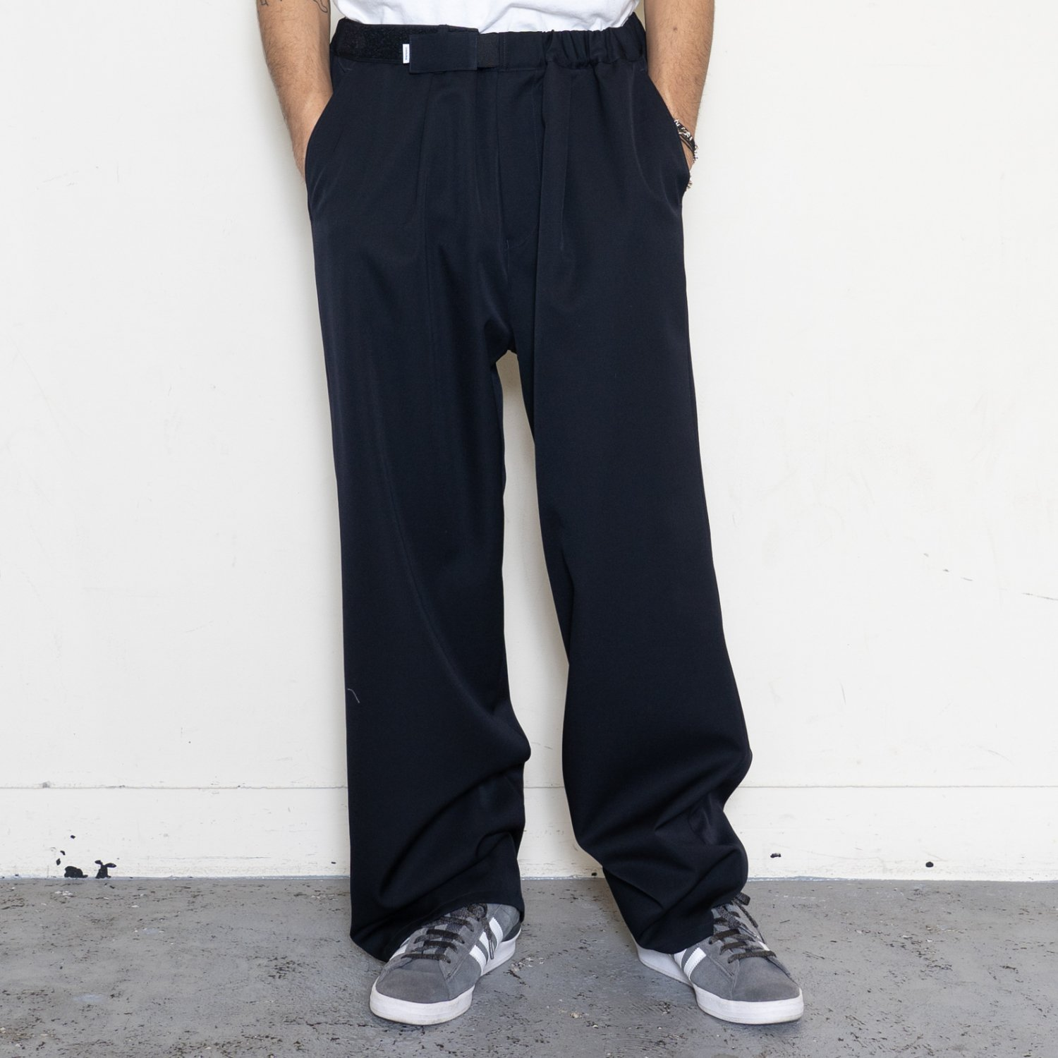 Graphpaper * Selvage Wool Wide Chef Pants * Navy