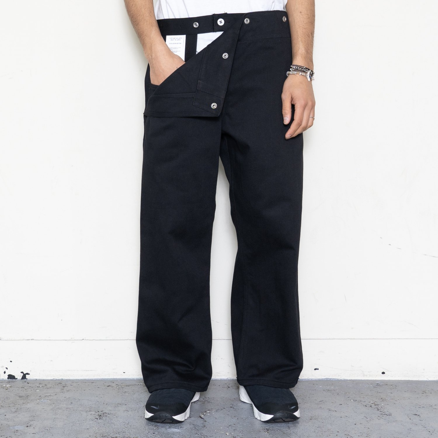 TUKI * 0146 Snap Pants * Black