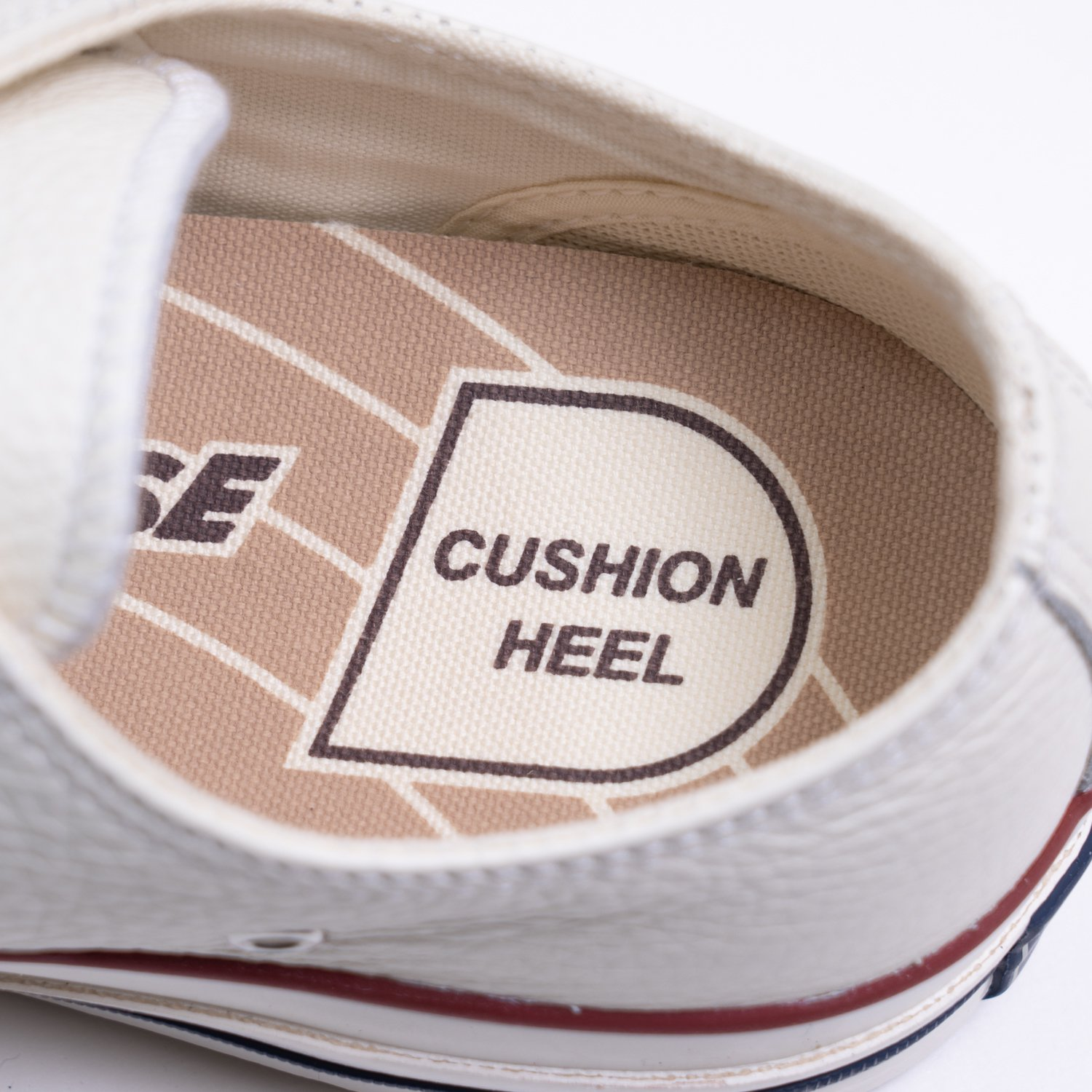 CONVERSE ADDICT * CHUCK TAYLOR LEATHER OX * White