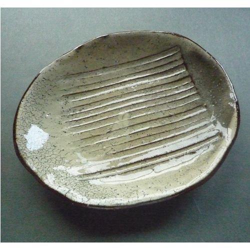 粉引き小皿