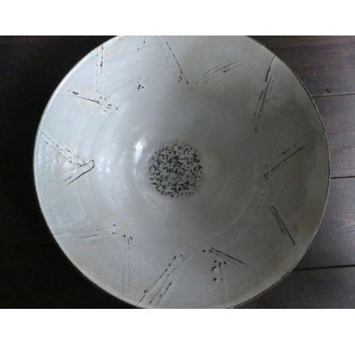 粉引き3つ足鉢