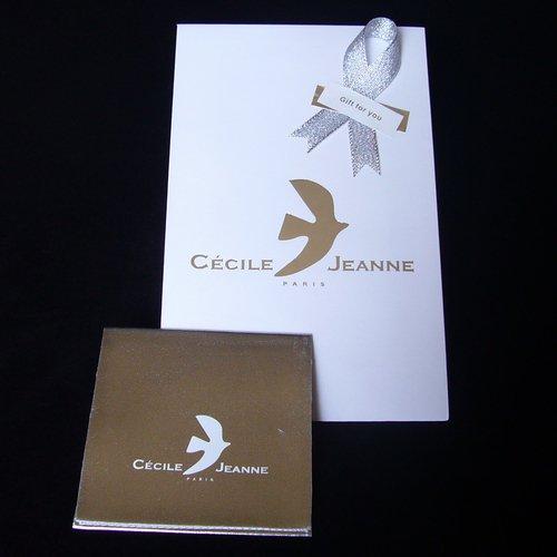 セシル・ジャンヌ ブローチ 「平和の鳩」 ゴールド