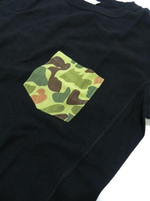 [Champion] リバースウィーブポケット付きTシャツ(BK)1
