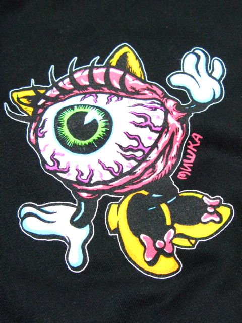 [MISHKA] LAMOUR LADY KEEP WATCH PULLOVER HOODIE2