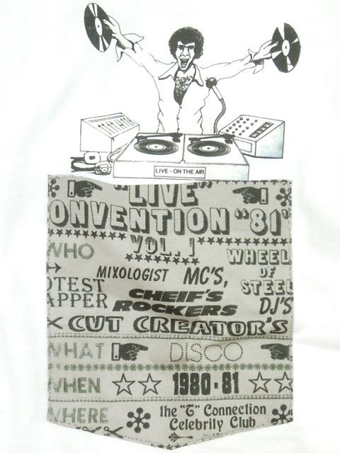 [MANIC DEE] LIVE CONVENTION 81 POCKET TEE1