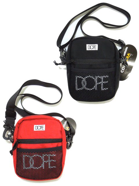 [DOPE] CLASSIC LOGO SLING BAG