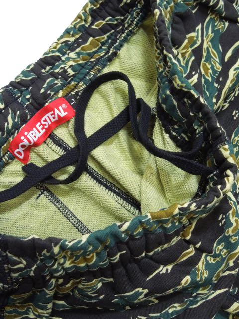 [DOUBLE STEAL] EMBROIDERY CAMO SWEAT SHORT PANTS(TC)2
