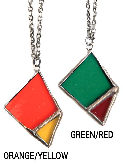 [quolt] STAINED-GLASS NECKLACE