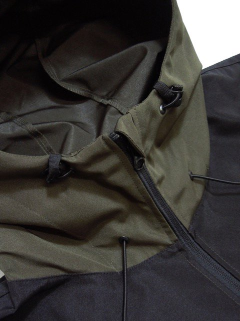 [DOUBLE STEAL] SWITCHING SHELL PARKA(KH)2
