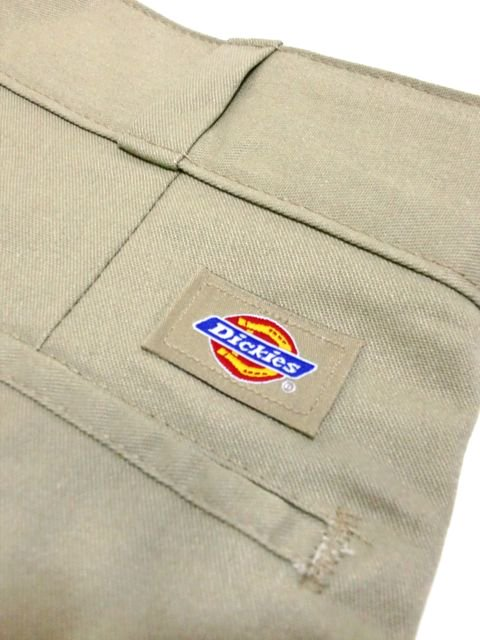 "[Dickies] FLAT-FRONT  WORK SHORTS 8""3"