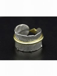 Arrow Feather Ring(Silver×Brass)<img class='new_mark_img2' src='//img.shop-pro.jp/img/new/icons1.gif' style='border:none;display:inline;margin:0px;padding:0px;width:auto;' />