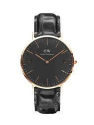DANIEL WELLINGTON/クラシックブラック  リーディング/ローズ 40mm(MEN)<img class='new_mark_img2' src='//img.shop-pro.jp/img/new/icons55.gif' style='border:none;display:inline;margin:0px;padding:0px;width:auto;' />