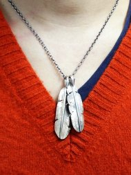 S.O.S/ 2 Arrow Feather Necklce / Chain<img class='new_mark_img2' src='https://img.shop-pro.jp/img/new/icons1.gif' style='border:none;display:inline;margin:0px;padding:0px;width:auto;' />