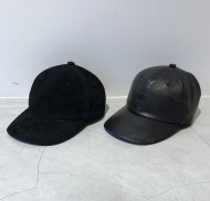 FORSOMEONE先行予約/SOLID LEATHER CAP<img class='new_mark_img2' src='https://img.shop-pro.jp/img/new/icons50.gif' style='border:none;display:inline;margin:0px;padding:0px;width:auto;' />