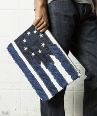 (予約)TMT2018AW/NATIVE U.S FLAG CLUTCH BAG(NAVY)<img class='new_mark_img2' src='//img.shop-pro.jp/img/new/icons1.gif' style='border:none;display:inline;margin:0px;padding:0px;width:auto;' />
