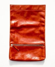 PIUORO/MULTI CLUTCH BAG(BROWN)<img class='new_mark_img2' src='https://img.shop-pro.jp/img/new/icons24.gif' style='border:none;display:inline;margin:0px;padding:0px;width:auto;' />