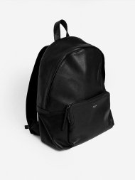 BLVCK PARIS/CLASSIC BLVCK BACKPACK<img class='new_mark_img2' src='https://img.shop-pro.jp/img/new/icons1.gif' style='border:none;display:inline;margin:0px;padding:0px;width:auto;' />