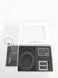 Emporio Armani/フルグレインレザー製リバーシブルベルト&付け替えバックル<img class='new_mark_img2' src='https://img.shop-pro.jp/img/new/icons1.gif' style='border:none;display:inline;margin:0px;padding:0px;width:auto;' />