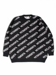 VETEMENTS/Allover Logo Jumper 1050 Knit Black/White