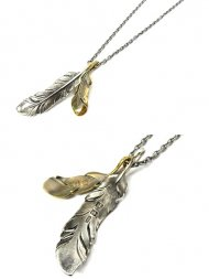 S.O.S/Old Feather Necklace<img class='new_mark_img2' src='https://img.shop-pro.jp/img/new/icons55.gif' style='border:none;display:inline;margin:0px;padding:0px;width:auto;' />