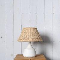 送料無料 【ヌカ】テーブルランプ