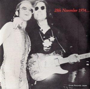 エルトン・ジョン・バンド・フィーチャリング・ジョン・レノン&ザ・マッスル・ショールズ・ホーンズ - 28th november 1974... - DJS10965