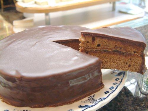 ウィーンの伝統菓子:ザッハートルテ