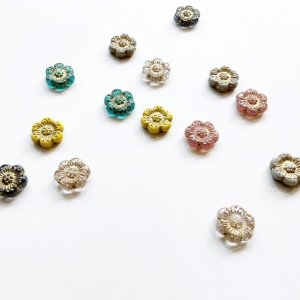 【CHARKHA】チェコのガラスビーズ/イングランドの花C(小)同色4個セット