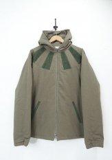 NASNGWAM(ナスングワム) SUNSHINE PARKA / シンサレート中綿入りジャケット カラー:オリーブ