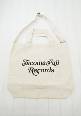 TACOMA FUJI RECORDS(タコマフジレコード) CURSIVE LOGO TOTE designed by Shuntaro Watanabe<img class='new_mark_img2' src='https://img.shop-pro.jp/img/new/icons50.gif' style='border:none;display:inline;margin:0px;padding:0px;width:auto;' />