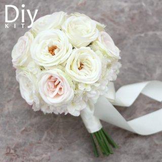 アーティフィシャルフラワー(造花)のカップ咲きローズのブーケ手作りキット画像_airaka
