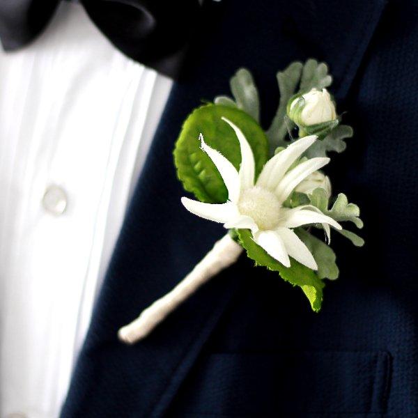 アーティフィシャルフラワー(造花)のフランネルのクラッチブーケ_airaka