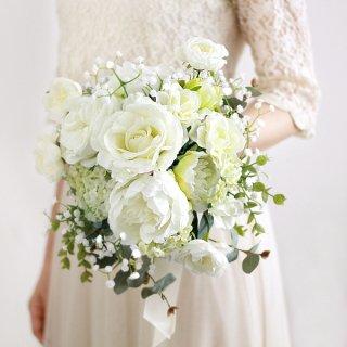 アーティフィシャルフラワー(造花)のバラと芍薬のクラッチブーケ画像_airaka