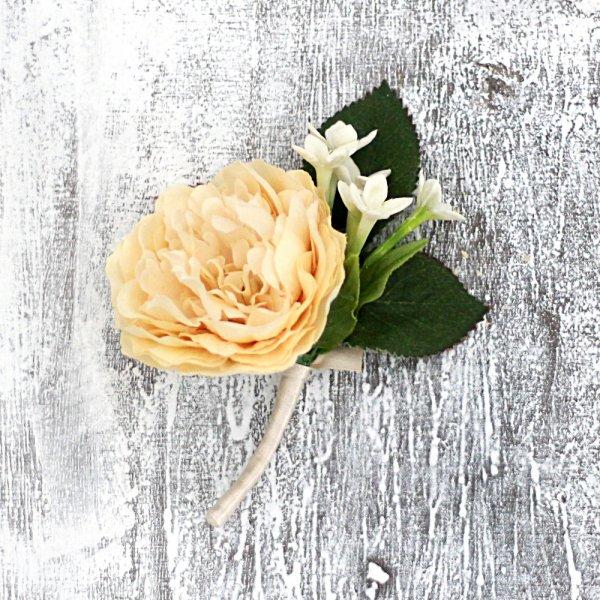 アーティフィシャルフラワー(造花)のバラとアイボリーのダリアのクラッチブーケ画像_airaka